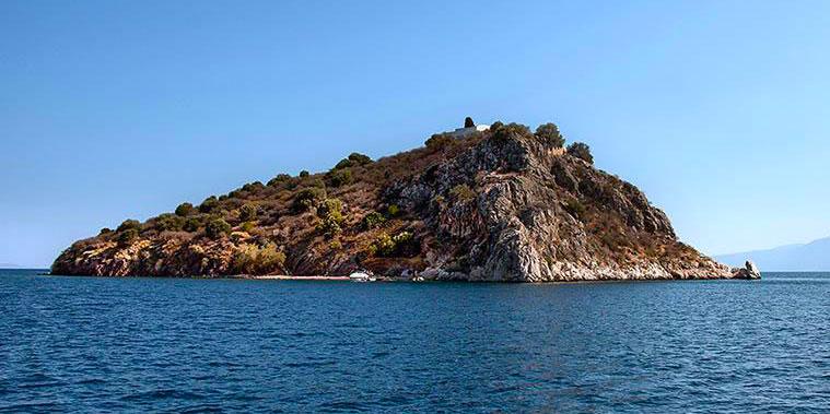 Daskalio beach
