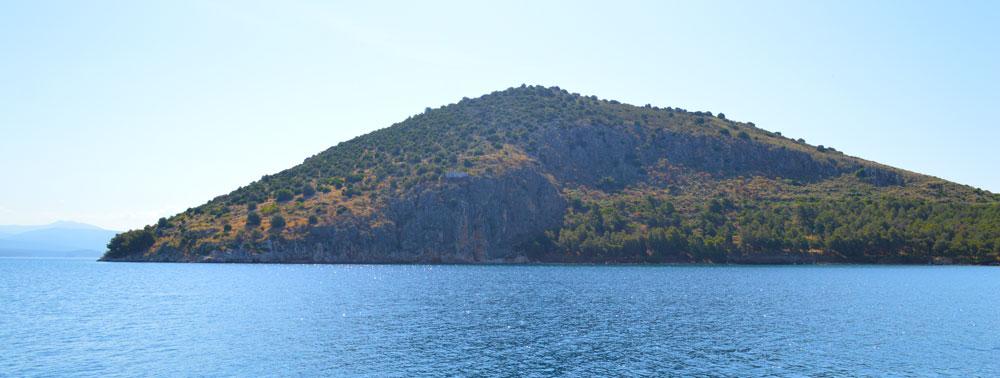 Romvi island